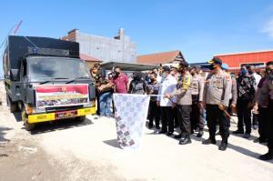 Kapolri Beri Bantuan 30 Ton Beras untuk Masyarakat Luwu Utara
