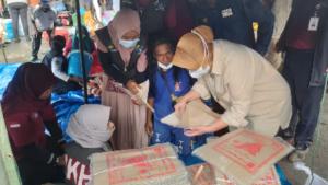 Mensos Risma Khawatir Masih Banyak Pengungsi Korban Badai Siklon Tropis NTT Belum Dapat Makanan