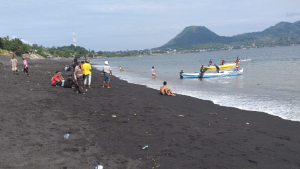 Tanah Longsor Rusakan Infrastruktur Jalan, Nelayan di Ende Kebanjiran Rezeki